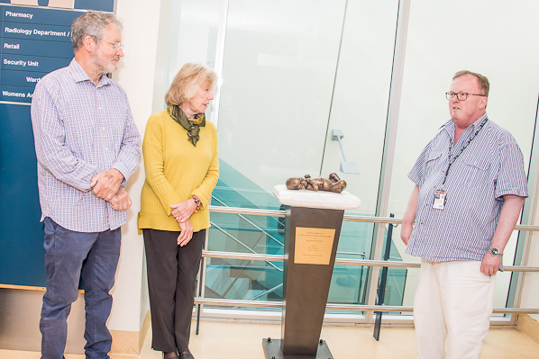 Sydney family donates sculpture to RPA